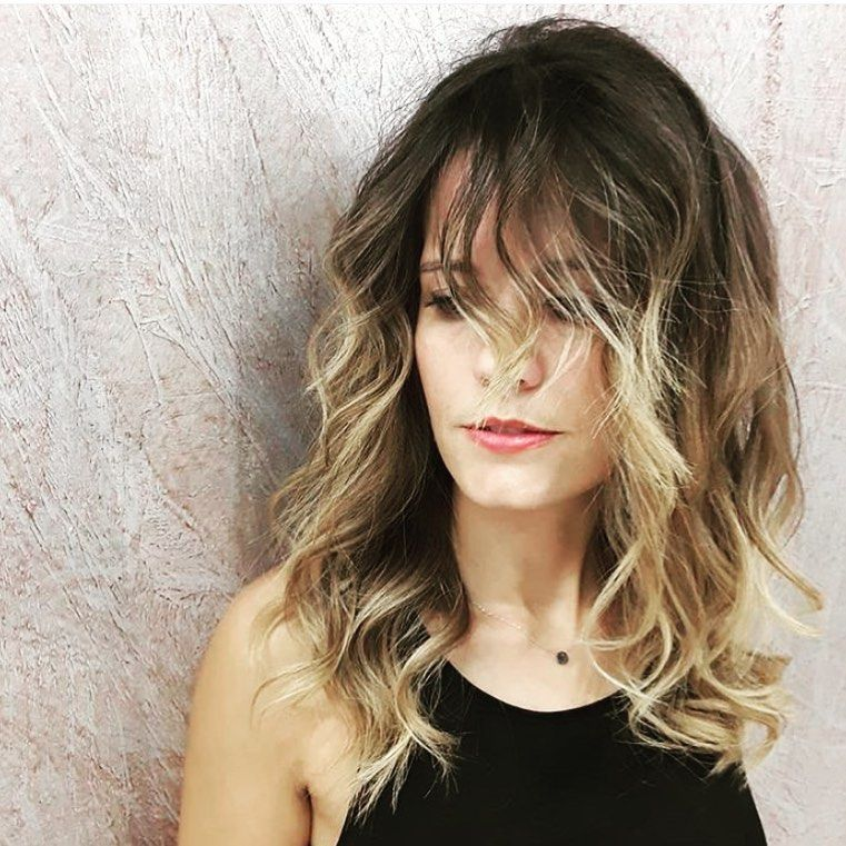 Let S Play To The Free Waves Beauty Salon Hair Hairstyles Hairstyle Hairs Beauty Free Hair Hairs Hairstyle Hair Styles Long Hair Styles Hair