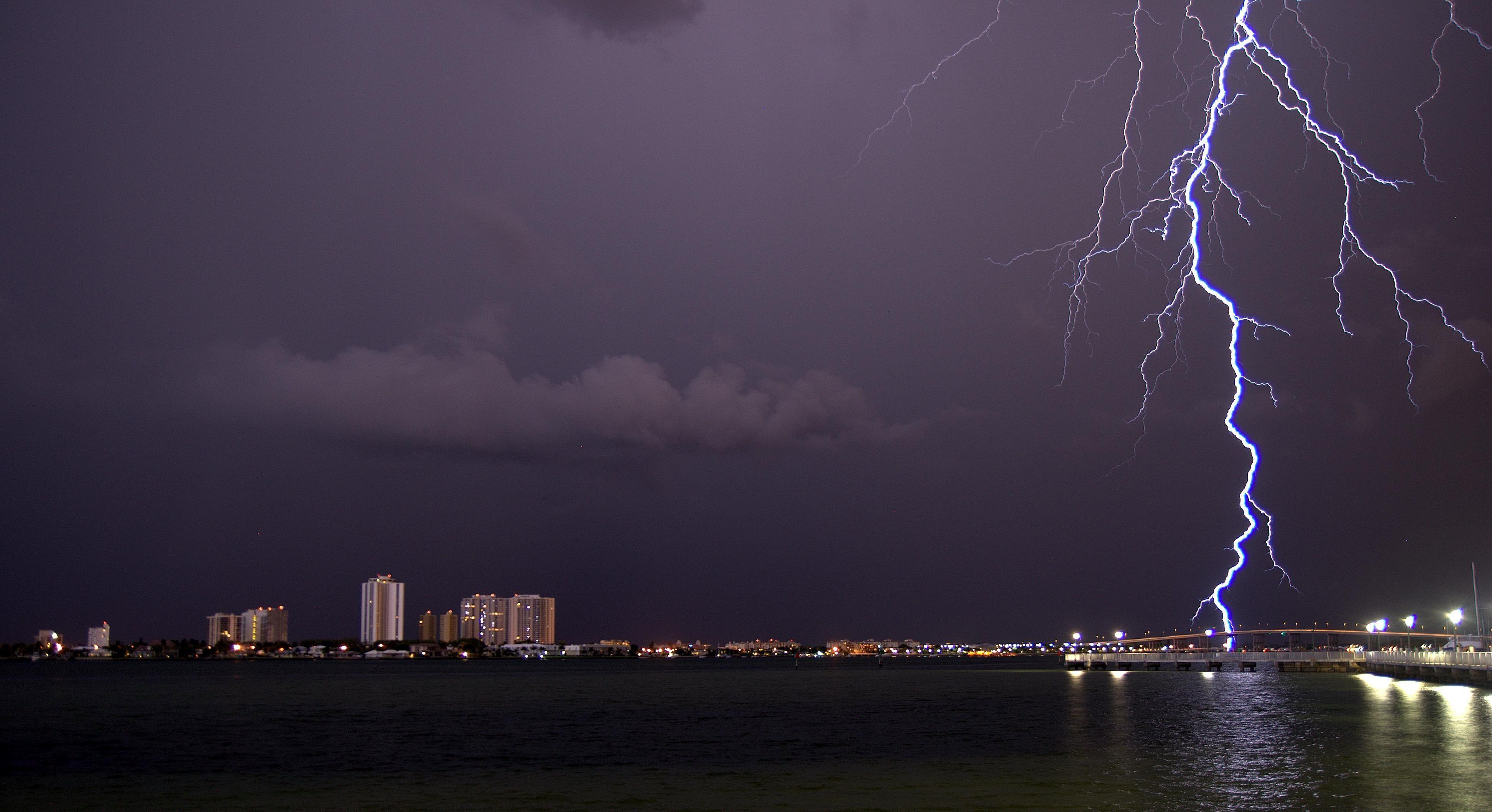 Free Download Pictures Of Lightning Lightning Images Pictures Of Lightning Storm Images
