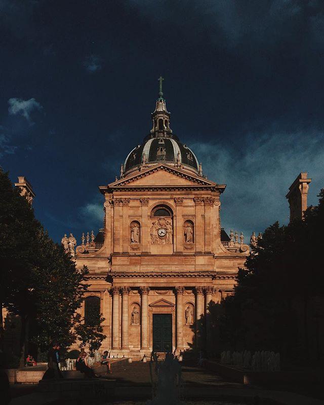 Place de la #Sorbonne #quartierlatin #paris