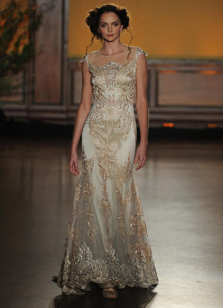 Claire Pettibone\'s Fall 2016 Wedding Dresses Take Us Back to the ...