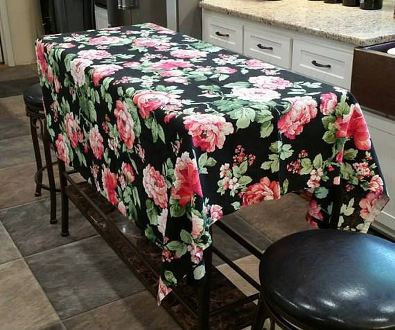 Vintage Pink Cabbage Roses On Black Material Things Fabric Tablecloth Remnant 58 X 53 Steve Cooperman V Vintage Cottage Decor Vintage House Vintage Cottage
