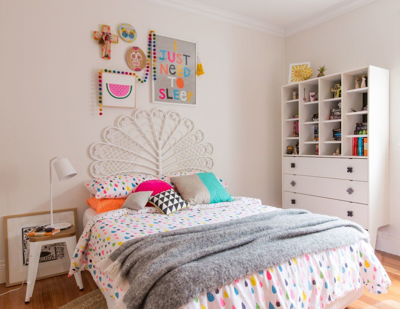 8 tween girls bedroom ideas is part of Girls bedroom 8 Year Old - Even though I don't have girls I still love looking at tween girls bedrooms  They are so pretty! I am used to boys, lots of blue and masculine touches, but it's fun to see what the trends are when it comes to the girls  First it's the nursery, then a little girls bedroom, then to tweens …