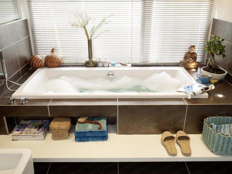badewanne unter fenster in dachschraege b der pinterest badewanne baden und badezimmer. Black Bedroom Furniture Sets. Home Design Ideas