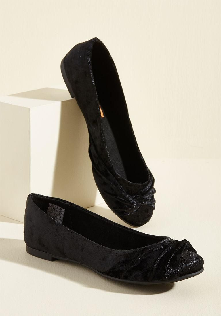 0bbe3b5316b89  ModCloth -  Rocket Dog Knot Without You Flat in Black Velvet in 9.5 -
