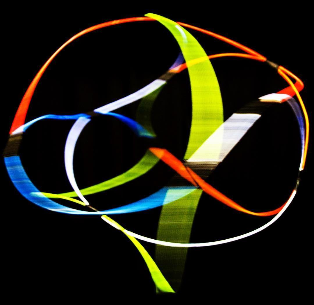 """My soul is my sculpture. Aus der Serie """"Lichterloh"""". 2015 Rotierend bewegtes Raumobjekt aus Draht, Klebeband, UV Lichtfarbe, Projektion und Schwarzlicht  Skulptur, Objekt, Video, Installation, Fotografie Markus Wintersberger 2015  #markuswintersberger #medienwerkstatt006 #jeanbaudrillard #nachbild #skulpturinbewegung #soul #seele #mysoulismysculpture #raumobjekt #lichtzeichnung #skulpturinbewegung #illusion #unendlichkeit #imagination"""