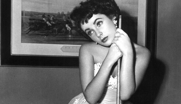 A-Place-in-the-Sun-elizabeth-taylor-5134548-1024-768 (1)