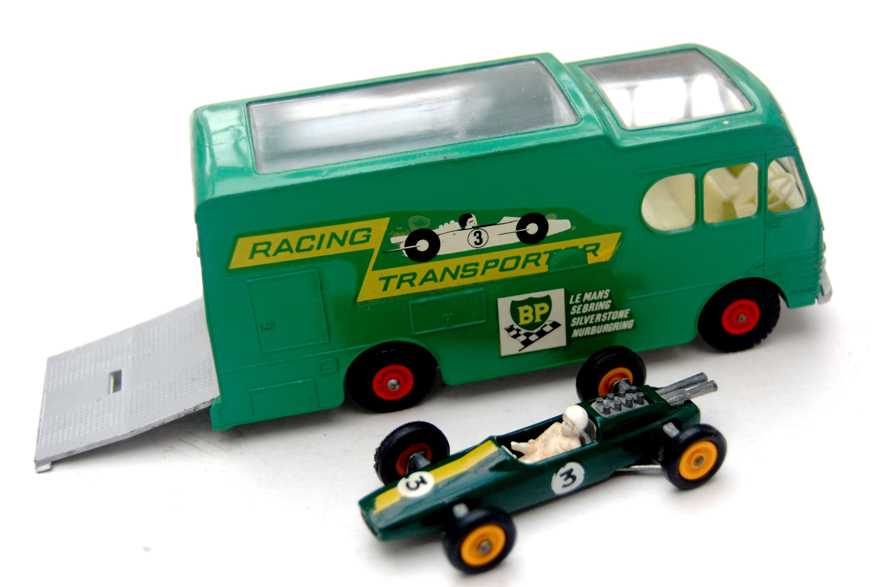 Matchbox Super Kings K 11 Daf Car Transporter With Early Superfast Cars