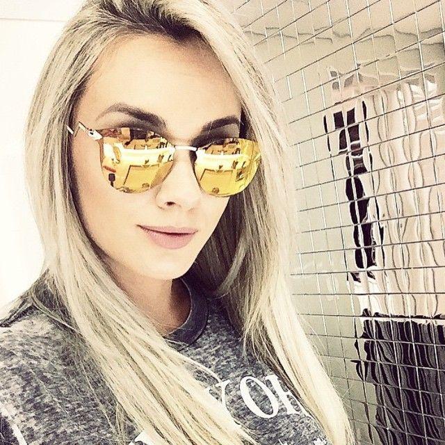 d4c1ba2fa #JujuSalimeni curtindo seus óculos Fendi espelhado! #oculos #FendiIridia  #oticaonline #OticasWanny