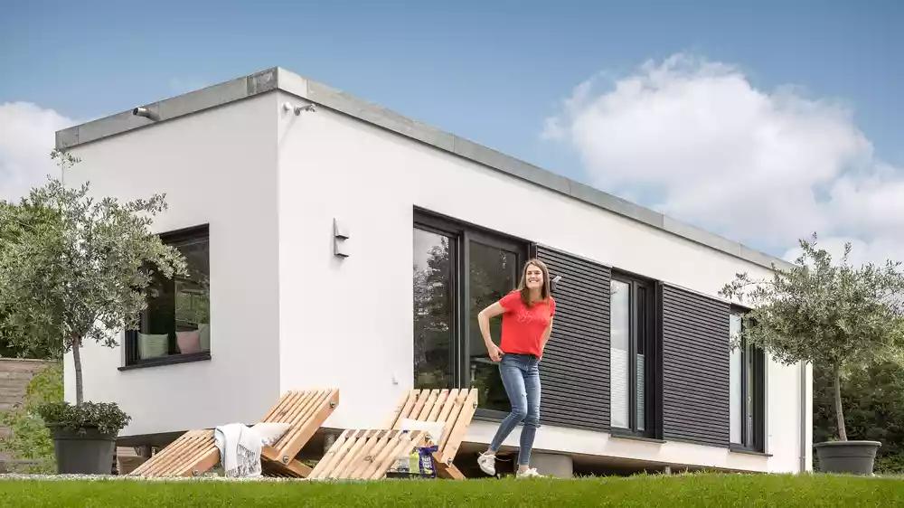 Deutschlands Schonstes Tiny House 2020 Kommt Von Albert Haus Moderner Bungalow Aussen Schworer Haus Kleines Zuhause
