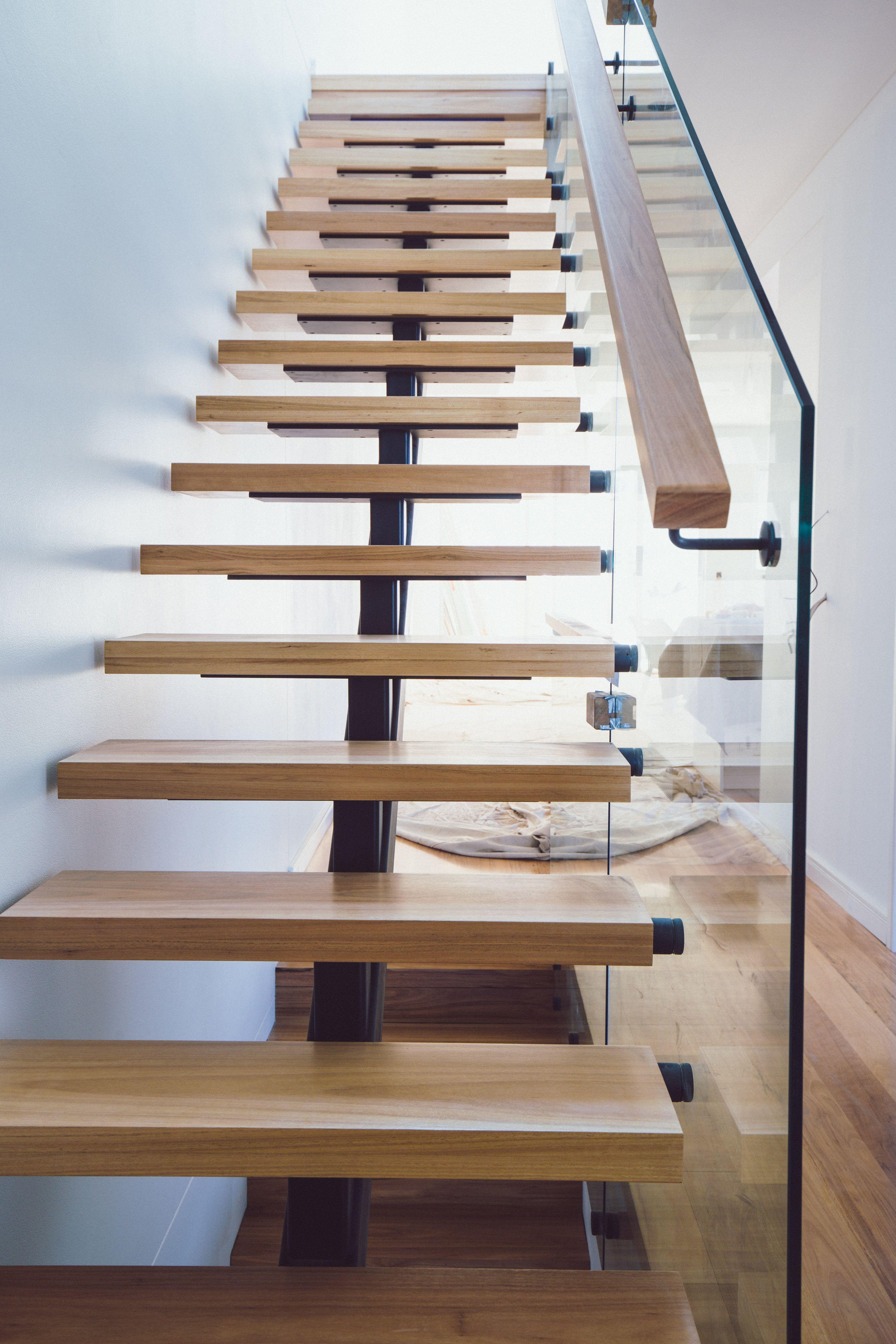 Ozstair Timber Staircase - Glass Balustrade - Steel Mono Stringer