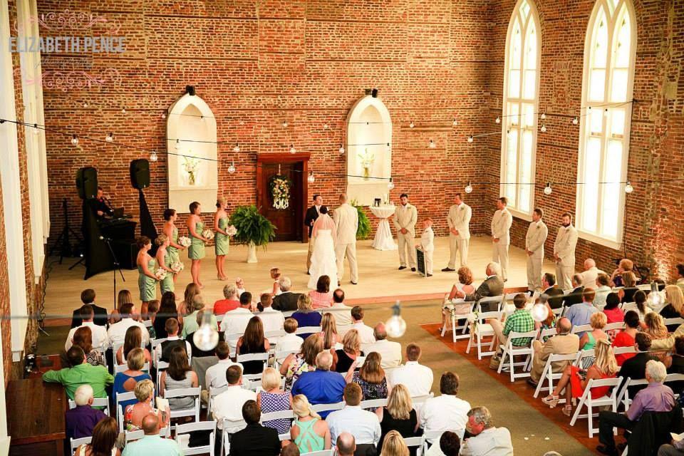 Saint Thomas Preservation Hall A Wilmington, North