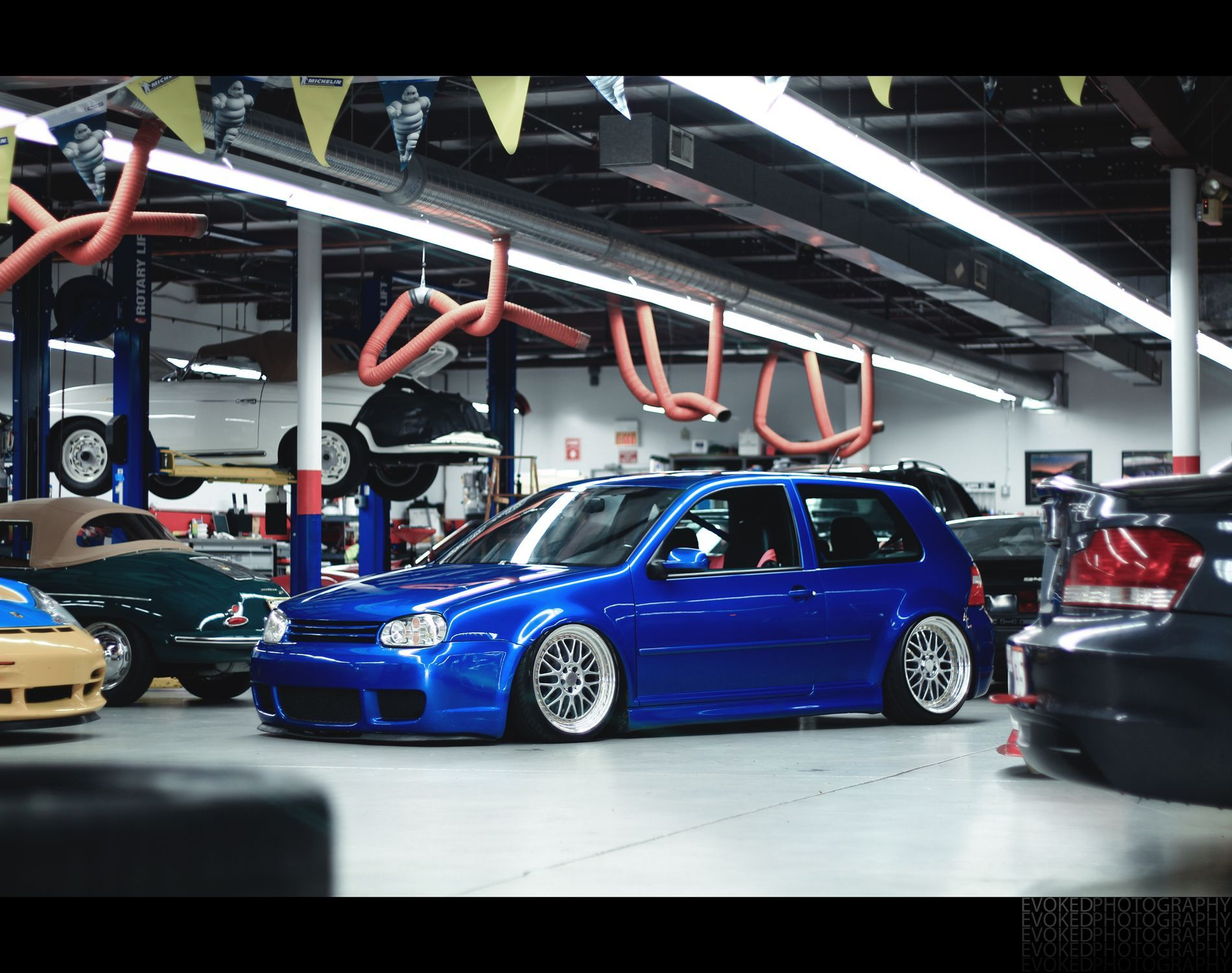 Mk4 R32 Slammed On Bbs Love That Color Vwgolfmk4 Volkswagen Volkswagen Golf Mk1 Volkswagen Golf