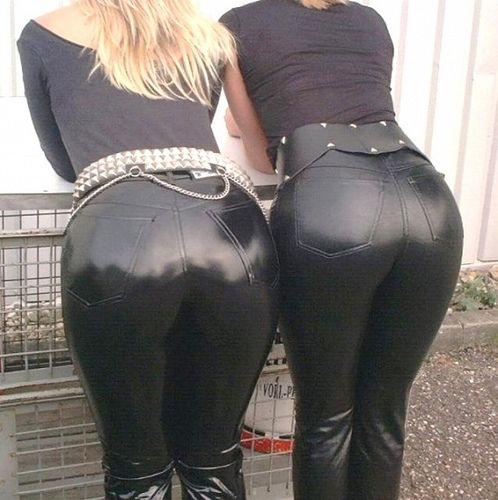 Fetish with butts