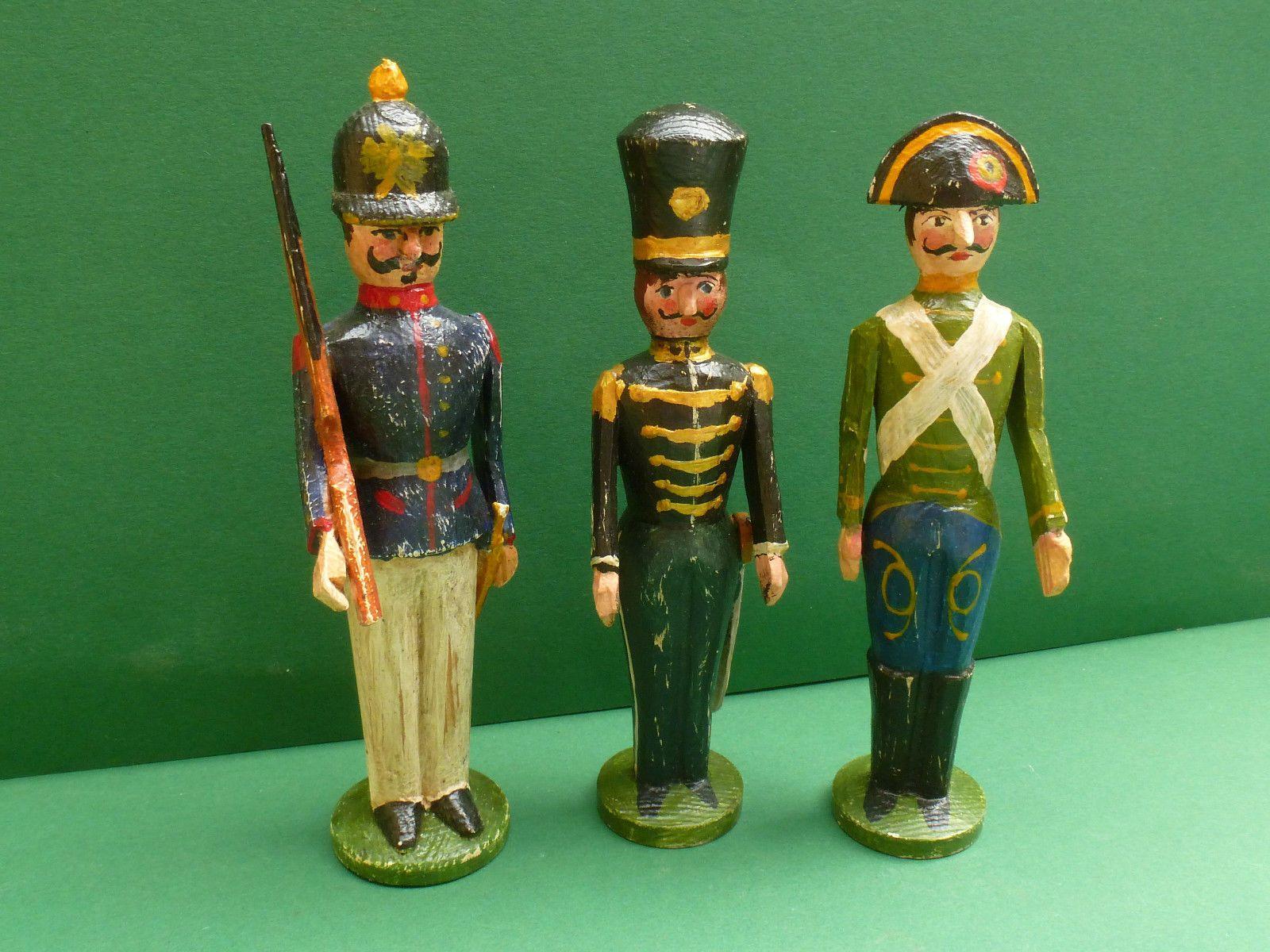 pincrutch on erzgebirge wooden toy soldiers & sailors