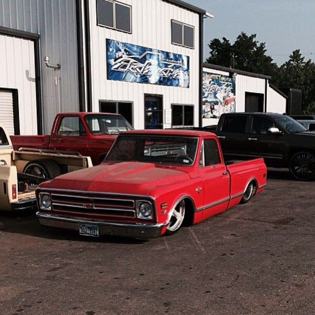 Hot Wheels - @ekstensivemetalworks killing it with this Chevrolet C10, tucking 24x15 wheels in the rear you know it means business! #chevrolet #gmc #c10 #airsuspension #layframe #bagged #hotrod...