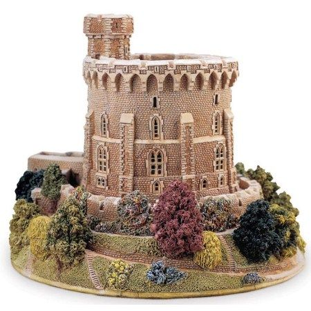 Lilliput lane round tower windsor castle britain 39 s for Castle and cottage home collection