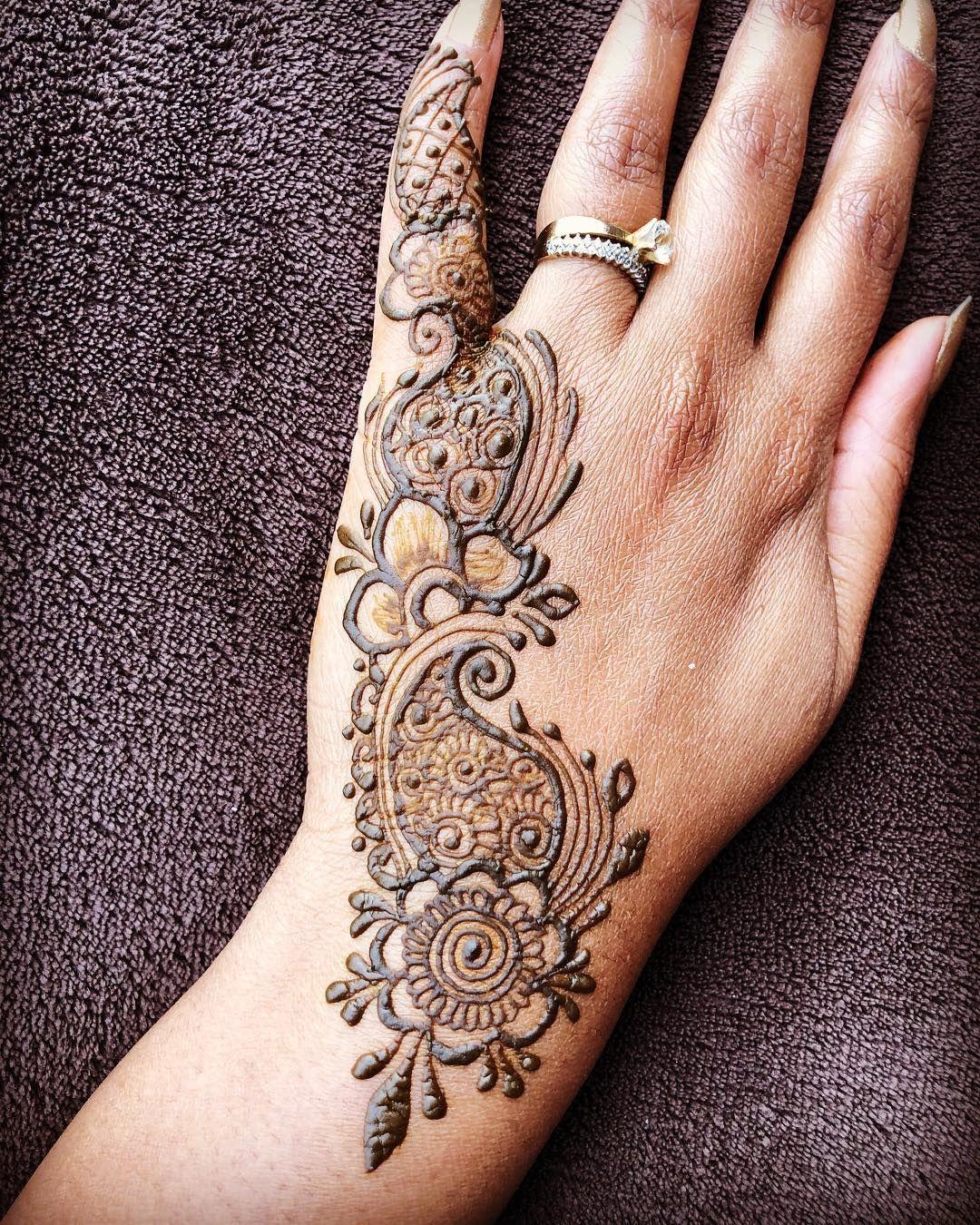 Henna hennadesign hennatattoo hennaart art artist tattoo