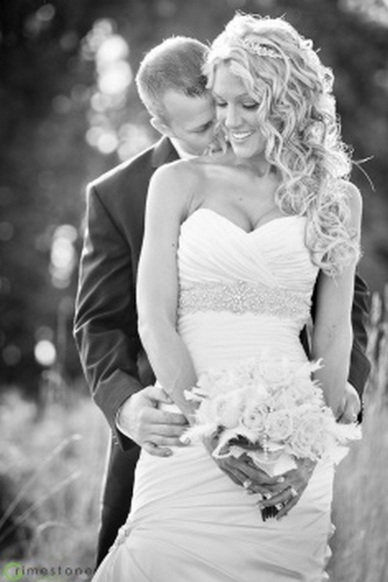 romantic bride and groom wedding photography ideas romantic