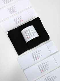 Paper napkin rings, dutch & english text