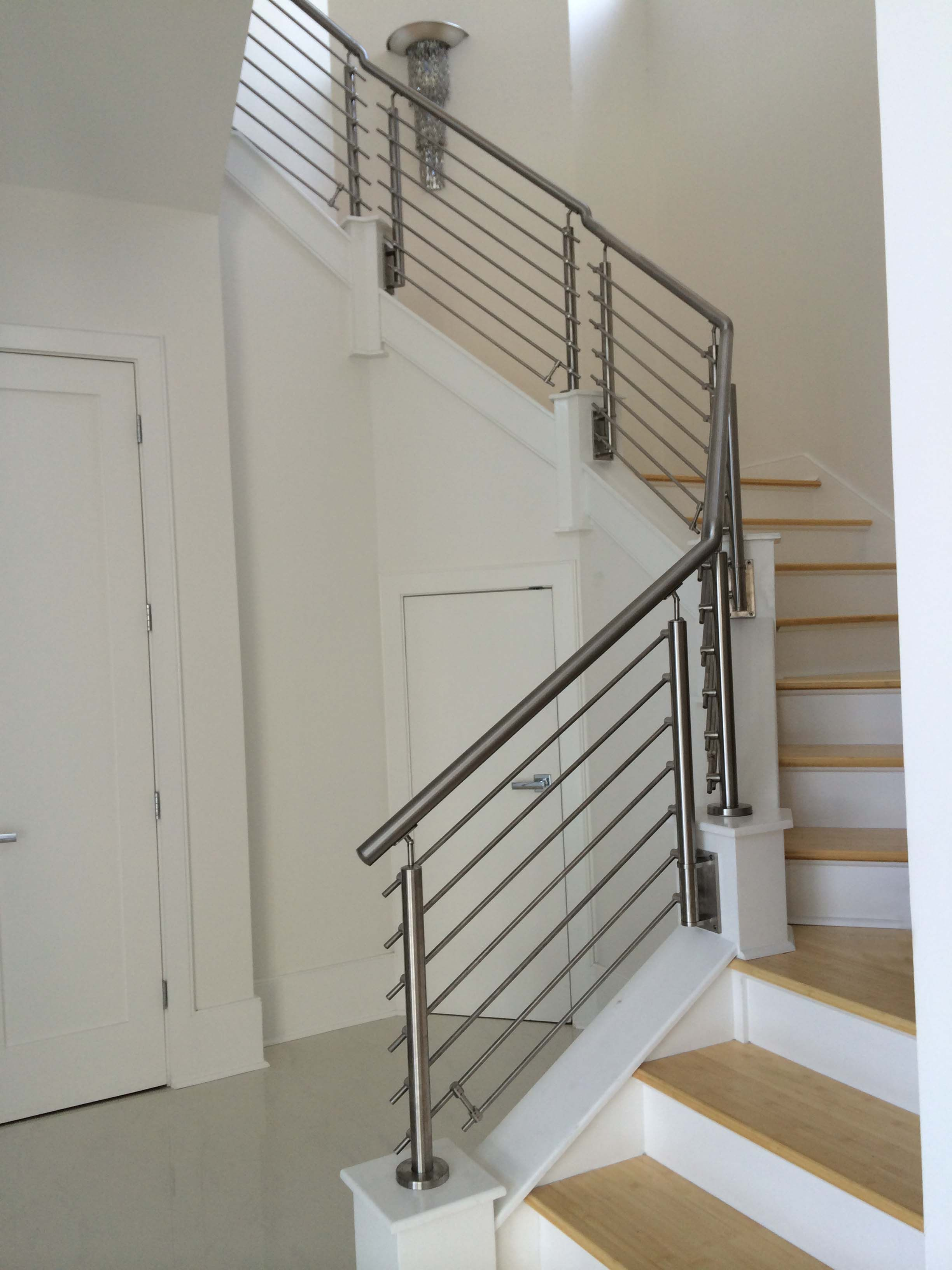 Best New Stainless Railing Application Photos From Our Friends 400 x 300
