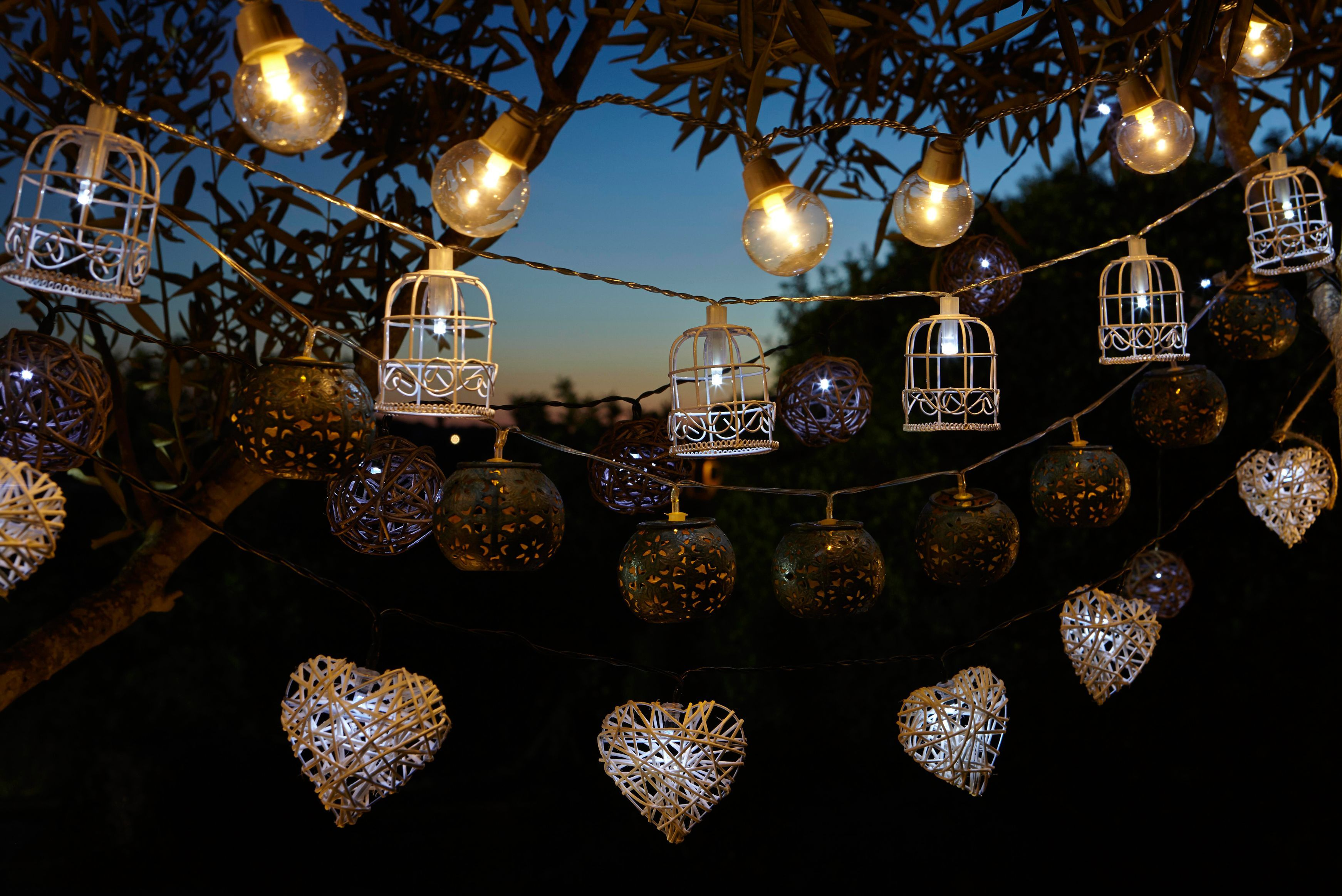 35 Outdoor Lighting Ideas For Front House And Yard Picture Gallery