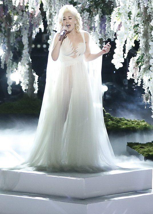 Gwen Stefani Wedding Dress