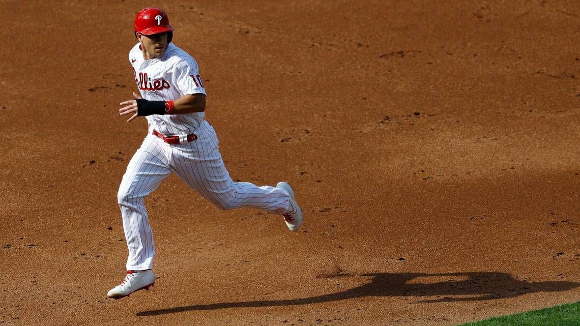 Phillies beat Yankees in the first of a double card in