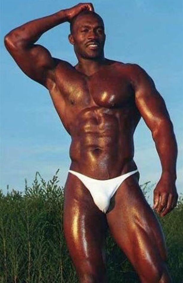 5fb251dd573f Pin von Juan Albert auf ropa interior | Hombres negros, Hombres hermosos  und Hombres