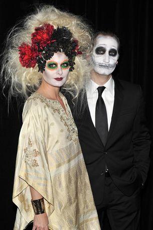 Halloween make-up costumes