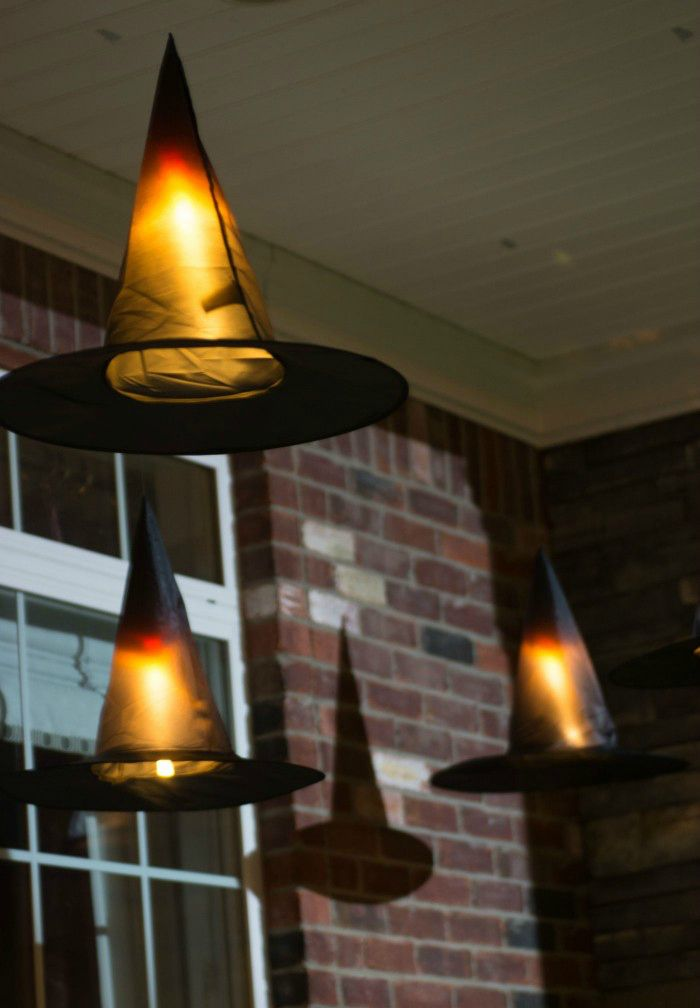 15 Haunted Halloween Decor Ideas for Your Front Porch Haunted - indoor halloween decoration ideas