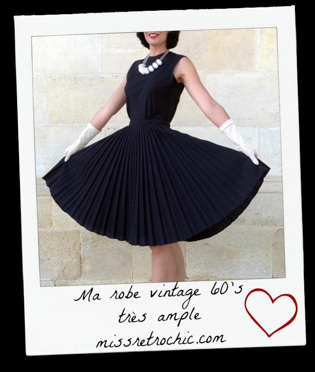 Petite robe noir vintage