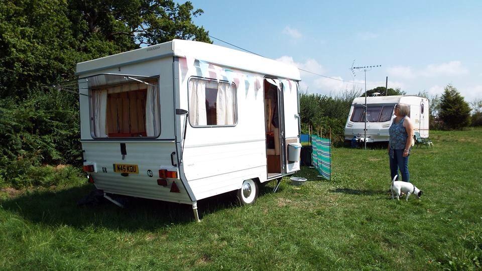 esterel folding caravan esterel folding caravans pinterest. Black Bedroom Furniture Sets. Home Design Ideas