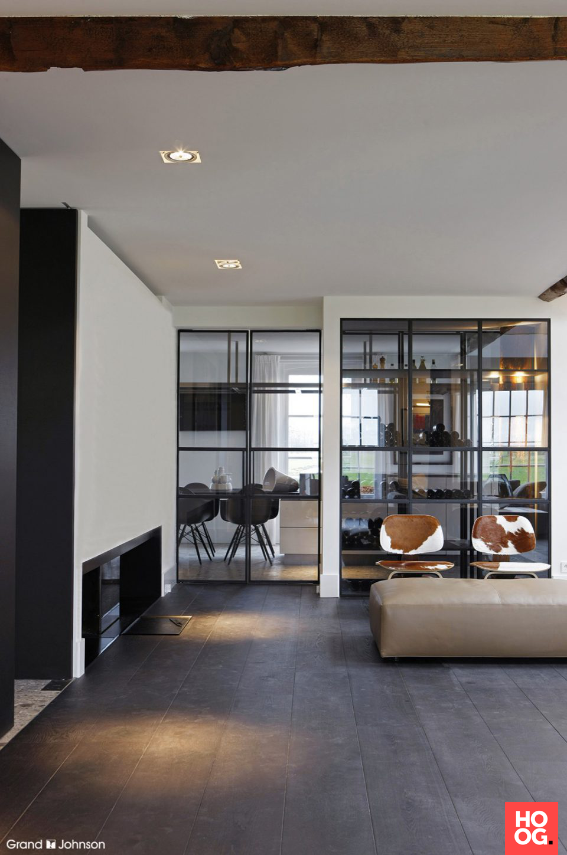Moderne interieurs met luxe meubels | wine cellar-酒窖 | Pinterest ...
