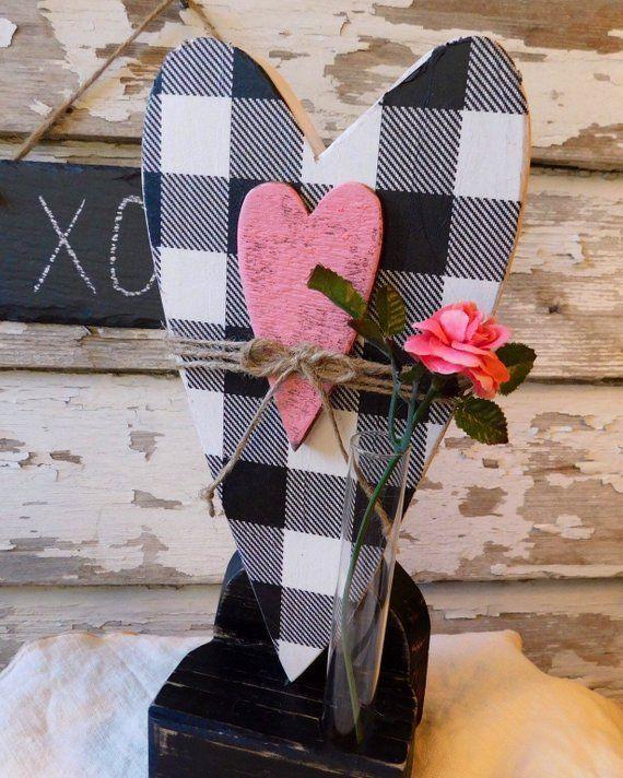 Il giorno per giorno intorno a San Valentino è cauto una delle mie occasioni preferite da parte di condividere da la mia ceppo e amici particolari, particolarmente per condividere verso i miei figliolanza. Sta cuocendo quelle torte, dolci e biscotti e sta facendo altresì delle belle carte nato da San Valentino. Ho molte idee per avere in comune verso te. San Valentino è tradizionalmente un giorno ... #Black #Buffalo #Check #Farmhouse #HEART #moth #rustic #San Valentino cena #Valentine #wood