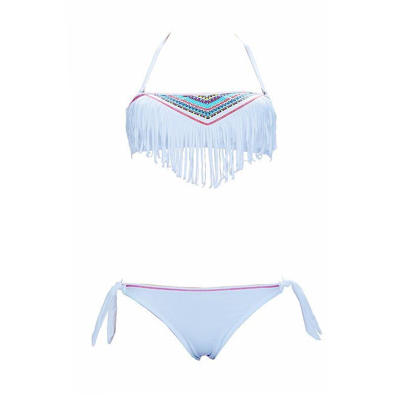 4a771eba76 Craquez pour la nouvelle collection de maillots de bain fille ou ado  tendance 2016, maillots de bain à franges fille ou à volant pour un été 2016  fun et ...