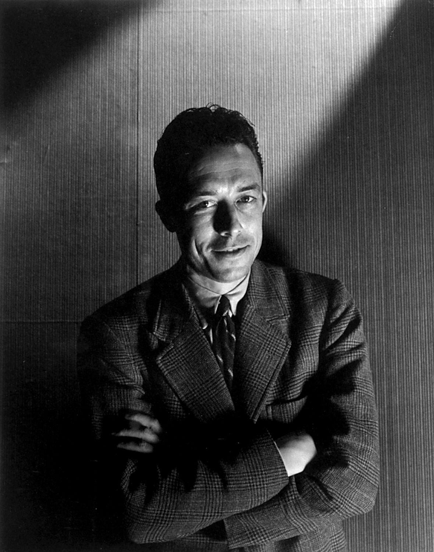 Résultats Google Recherche Dimages Correspondant à Http Multimedia Pol Dk Archive 00713 Intet Navn 7 Ser Escritor Albert Camus Personajes Historicos