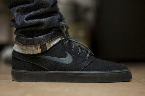 Footwear · Nike SB Stefan Janoski pure black.