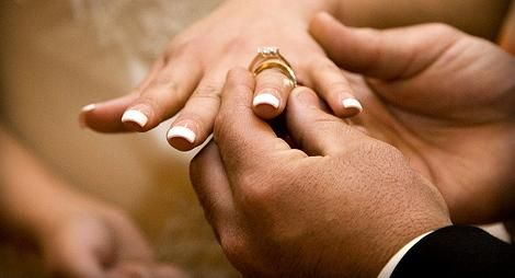 A Wedding Ring Goes On The Left Finger Because It Is Only That Connects Directly To Heart