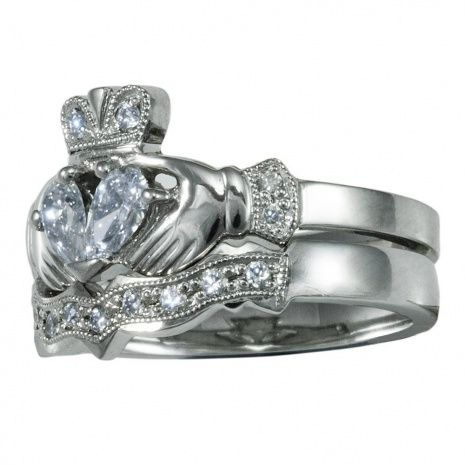 Diamond Claddagh Wedding Ring Sets