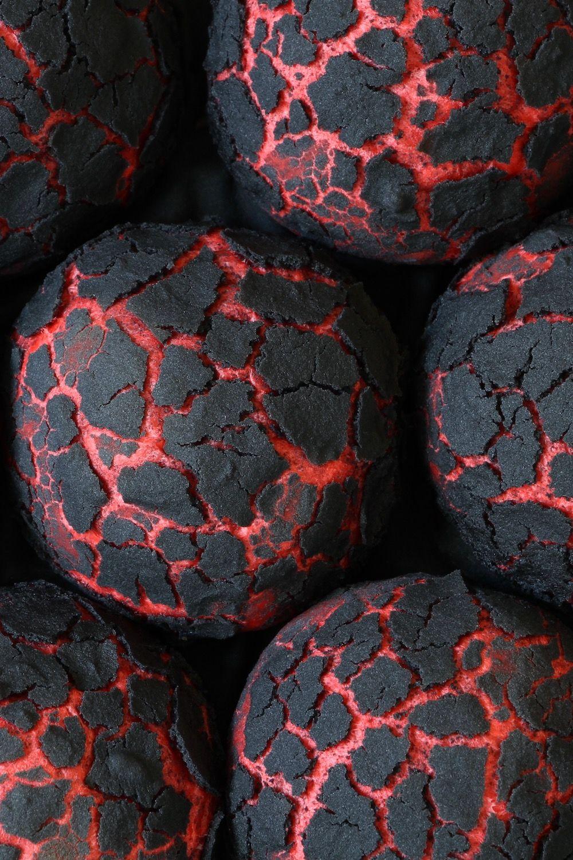 Halloweenboller glødende kul Opskrift Halloween