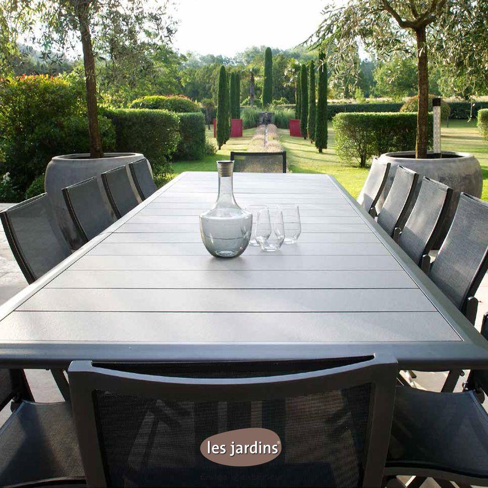 collection hegoa table extensible en aluminium gris espace avec pied central pliant et plateau. Black Bedroom Furniture Sets. Home Design Ideas