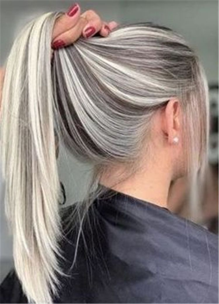 40 Gorgeous Platinum Blonde Hair Colors And Styles For You Cute Hostess For Modern Women In 2020 Blonde Hair Color Blonde Hair Looks Platinum Blonde Hair
