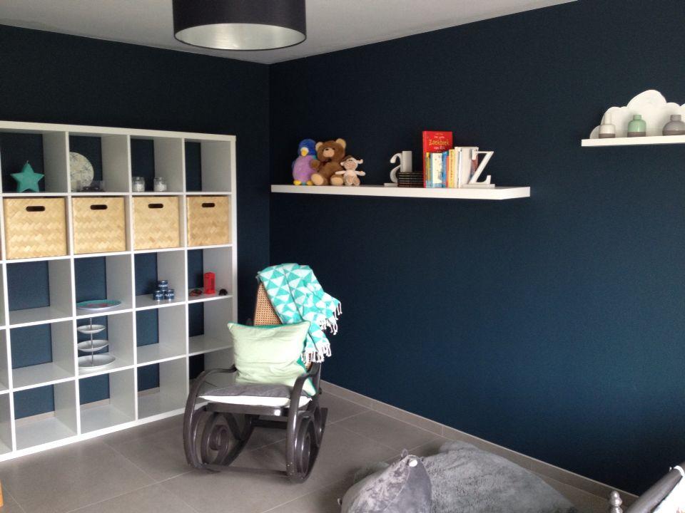 Babykamer Groen Blauw.Babykamer Boekenplank Petrol Blauw Met Wit En Groen