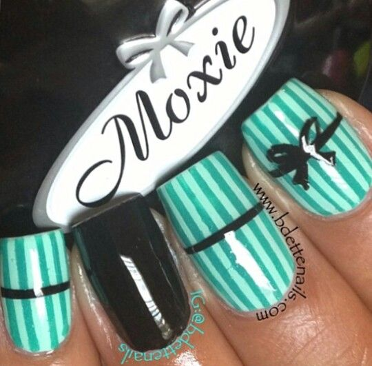 Green striped black bow nails