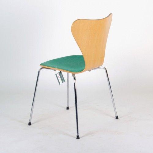 Vlinder Bureaustoel Arne Jacobsen.3107 Upholstered Butterfly Chair By Arne Jacobsen 4 Meubilair