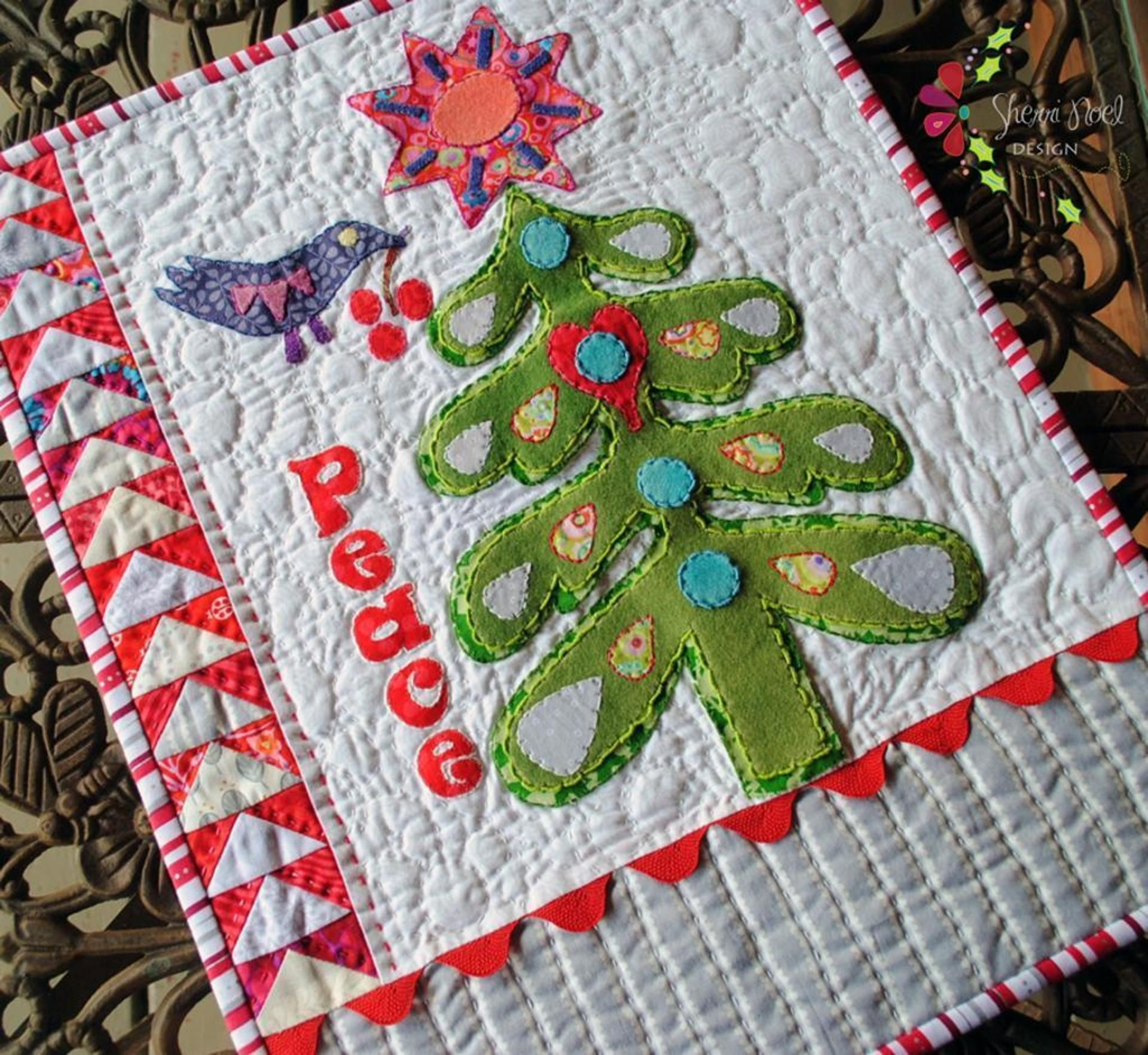 Make A Mini Quilt For Your Hearth And Home With