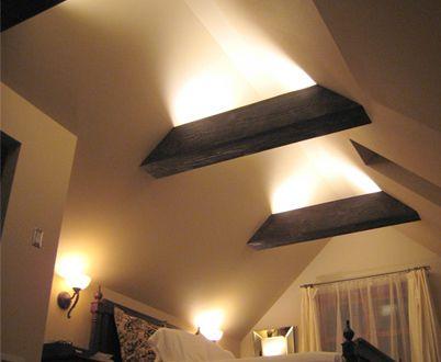 interessante raumgestaltung mit indirekter beleuchtung iluminare pod pinterest dachboden. Black Bedroom Furniture Sets. Home Design Ideas