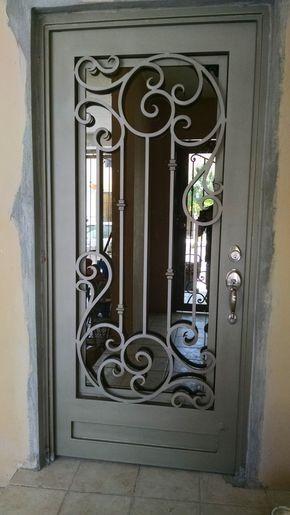 20 Ventana puertas de herreria