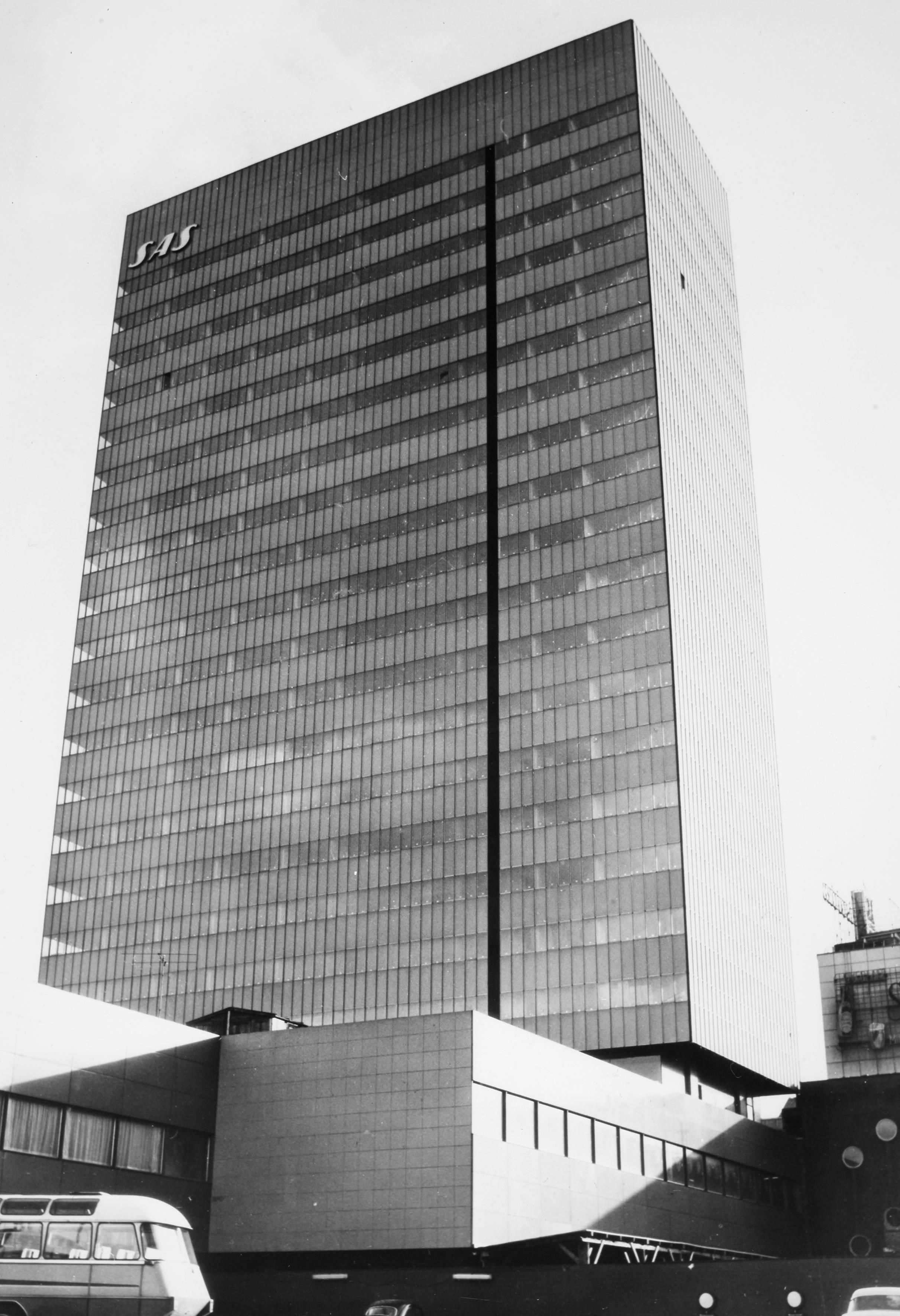 1950s Copenhagen SAS Royal Hotel