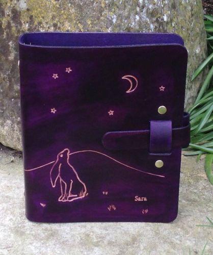 Couro-Handmade-Tamanho-A5-Organizador-planner-binder-Lua-Decorativas-Lebre-Roxo